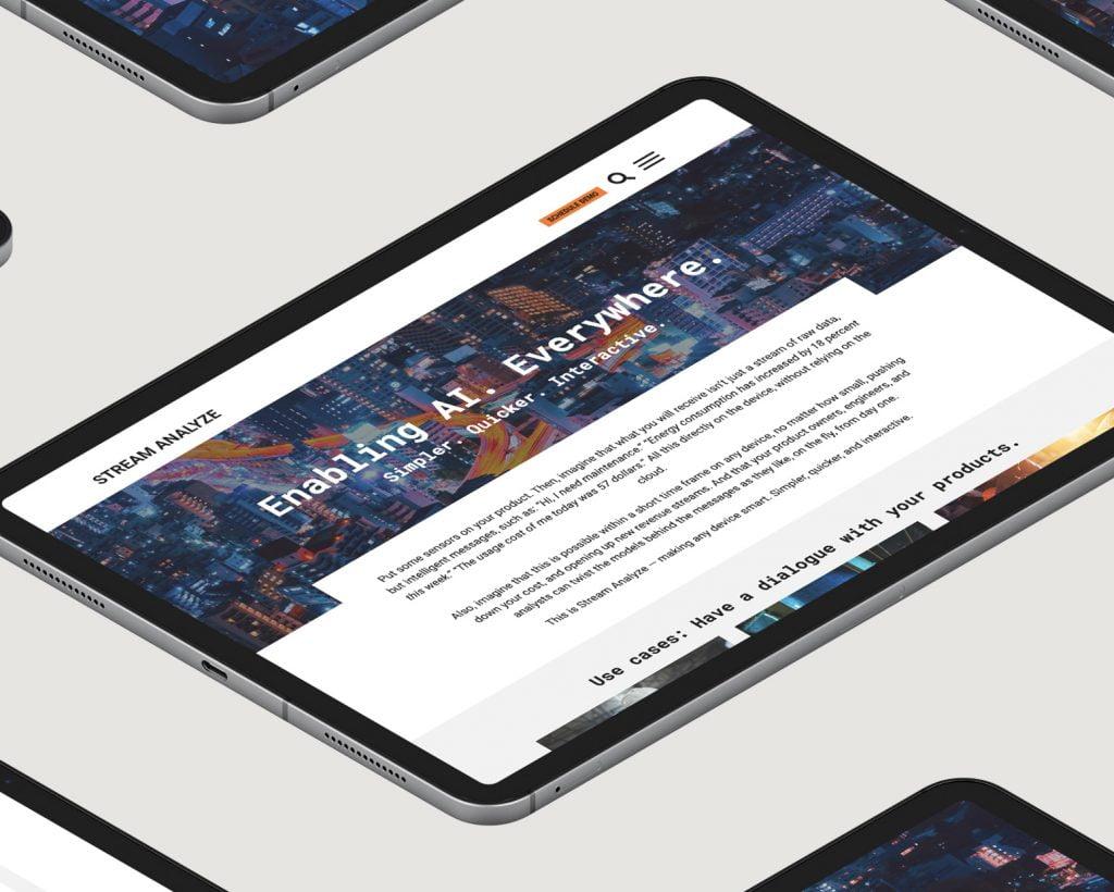 iPad som visar Stream Analyze hemsida